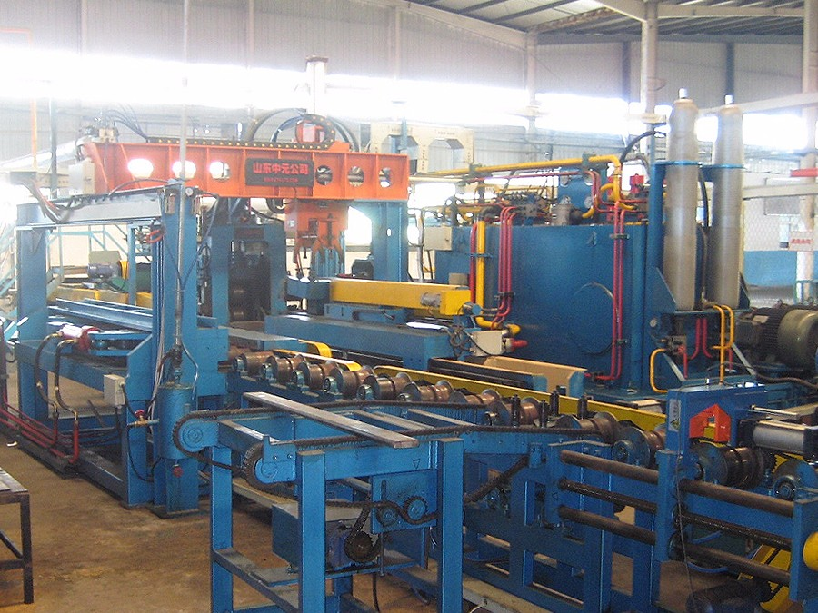 Long、Short Taper Rolling Machine